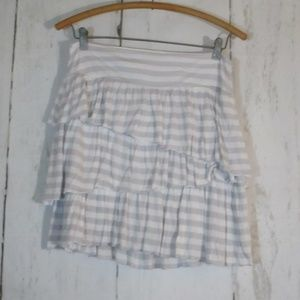 Banana Republic Ruffle short Skirt Sz 2 Stripes